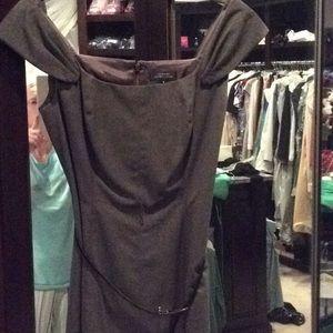 Tahari gray dress, sleeveless, size 6, belt